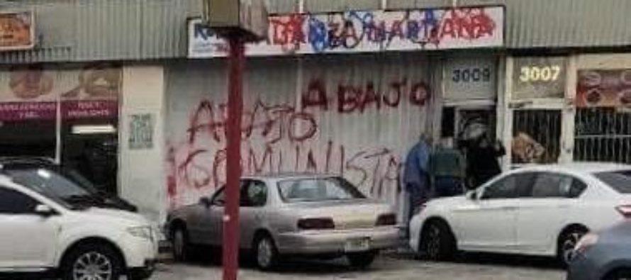 Rayaron en la fachada de Alianza Martiana de Miami mensajes en contra del comunismo
