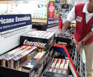 Florida anuncia Semana libre de impuestos como preparación a temporada de huracanes