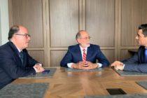 Carlos Vecchio se reunió en Colombia con el subsecretario de defensa de Estados Unidos para el Hemisferio Occidental