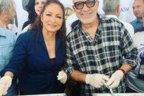 Gloria y Emilio Estefan sirvieron comida tradicional de Thanksgiving en Miami