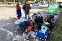 Vecinos ayudan a una exprisionera política cubana sin techo