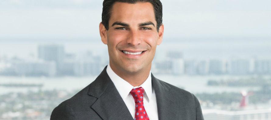 Alex Días de la Portilla es la apuesta del alcalde de Miami a la Comisión municipal