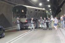 Militares venezolanos bloquearon túnel para impedir el paso de los diputados que viajan en busca de la ayuda humanitaria (video)