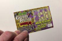 ¡Afortunado! Hombre probó suerte con el raspadito y ganó $1 millón en Miami Gardens