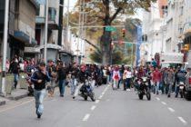 Régimen de Maduro envió grupos paramilitares a evitar sesión de la Asamblea Nacional (Videos)