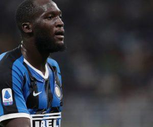Periodista italiano fue despedido por comentario racista sobre el futbolista Romelu Lukaku (video)