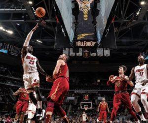 Heat mantiene paso arrollador tras superar a Cavaliers en Cleveland