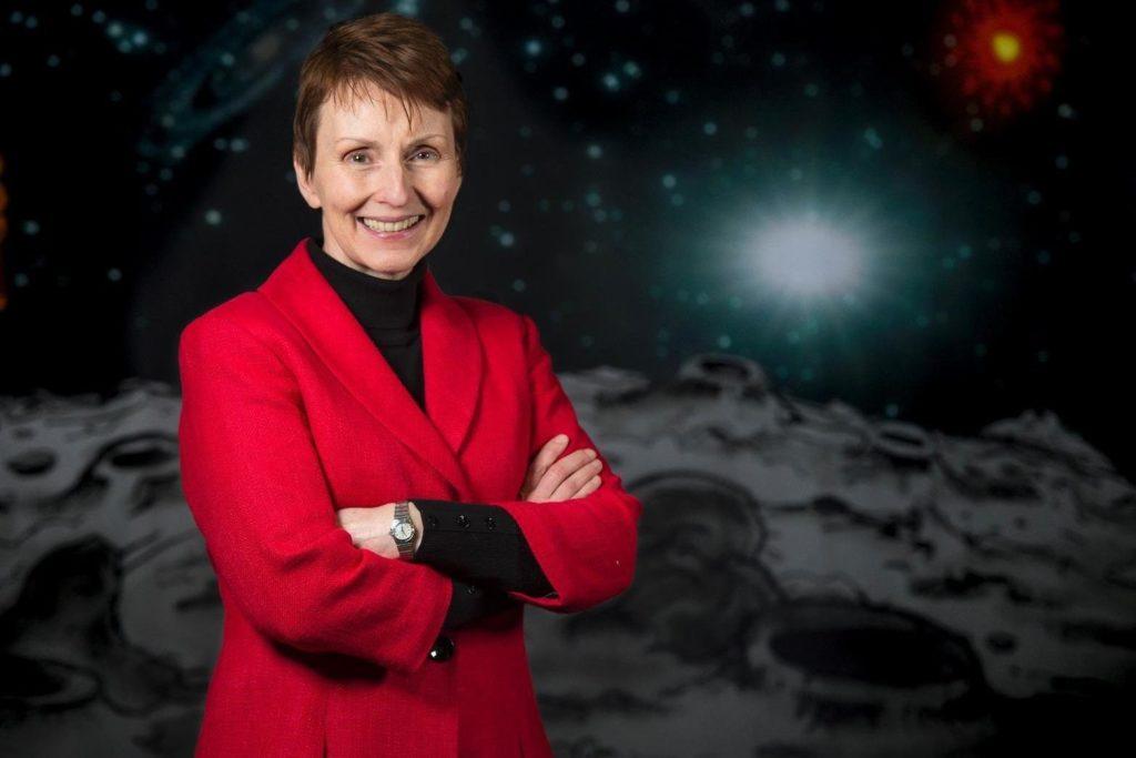 La primera astronauta británica cree que los alienígenas pueden estar entre nosotros
