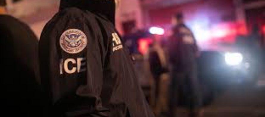 CNN: ICE continua reteniendo niños migrantes en habitaciones de hotel