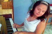 ¡Increíble! Virtuosa pianista invidente y con síndrome de Down se presentará en Colombia