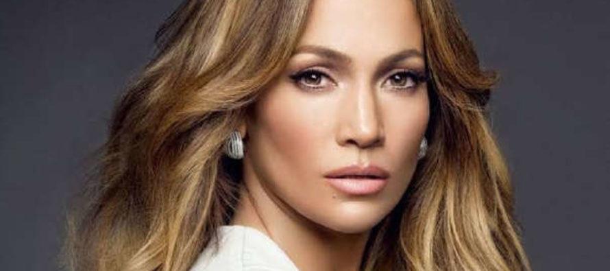 La sensual Jennifer López nombrada Icono del Año de la revista para hombres GQ