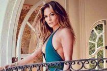 Jennifer López  calienta a sus fans con su sensual vestido de tiritas (FOTOS)