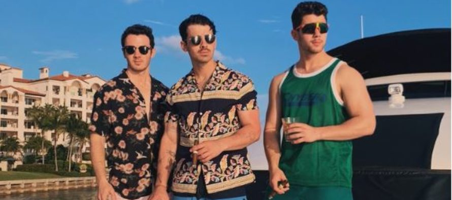 Nick Jonas reveló porque los tres hermanos pasan tanto tiempo en Miami