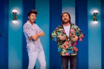 Sebastián Yatra promocionó en un yate y con una guitarra en Miami Beach su canción «Bonita»