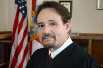 Conozca más a Robert Lee el primer juez abiertamente gay de la Florida