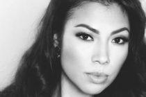Liberada Karol Posadas, conocida cantante que imita a «Selena»