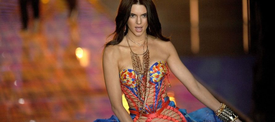 ¡De infarto! Bikini de Kendall Jenner incendió las redes sociales