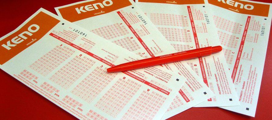 ¡Suerte! Mujer ganó $6.5 millones tras comprar por error dos boletos de lotería en Australia