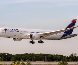 Hombre de Florida demandó a la aerolínea «LATAM» por ataque sexual a un menor