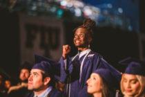 «La meta que me puse, la alcancé»: joven sin hogar se gradúa de la FIU