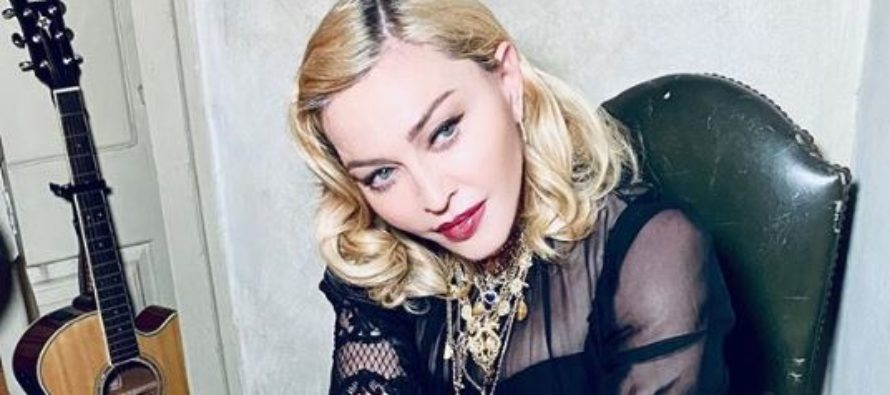 Madonna se desnudó para dar fuerte mensaje sobre coronavirus (Video)