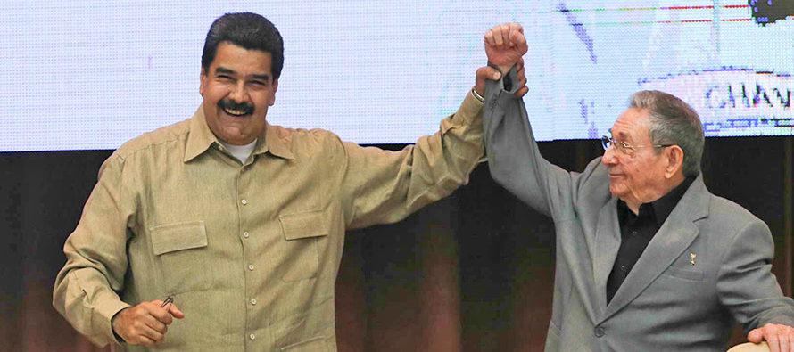 Ex jefe del temido Sebin venezolano confirma la gran influencia de Castro sobre Maduro