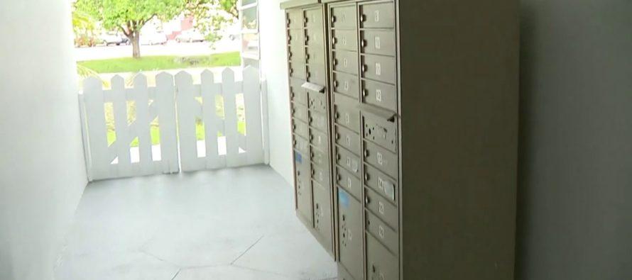 Roban llaves maestras de repartidor postal en Lauderhill, Florida