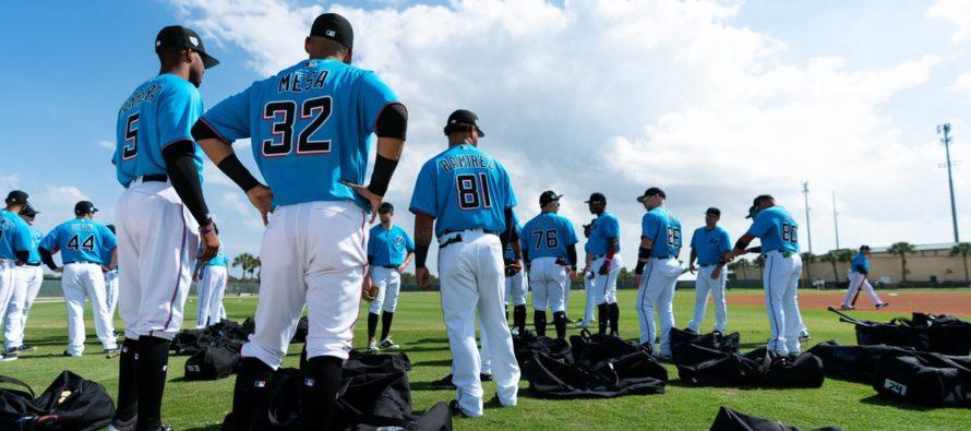 Marlins enseñarán español a sus jugadores de MLB