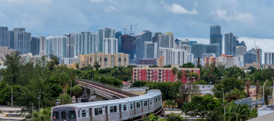 Miami presenta un sistema de pagos sin contacto para su red de trenes