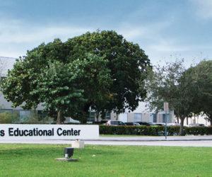 El centro educacional Miami Lakes Ed Center nombrado la mejor escuela magnet de la nación
