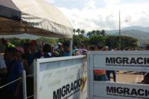 Migrantes venezolanos recurren a grupos criminales para salir del país