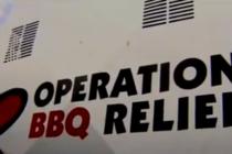 Feligreses del sur de Florida preparan barbacoas para los desplazados del huracán Dorian