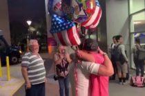 Pareja de cubanos se reencuentra en Miami tras estar detenidos por ICE