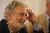 Acusan al tenor Plácido Domingo de presunto acoso sexual desde hace más de tres décadas