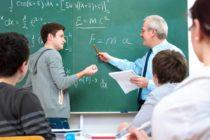 Con aumento salarial, Florida pasaría a ser el segundo mejor estado del país en pagarle a los profesores