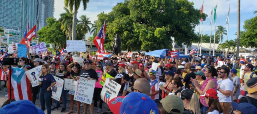 Tras el escándalo: Puertorriqueños en Miami pidieron renuncia al gobernador Rosselló