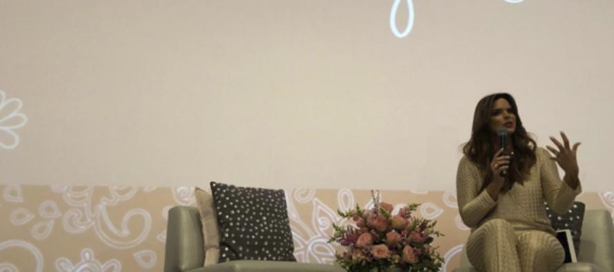 Rashel Díaz regresa con su workshop «De Mujer A Mujer»