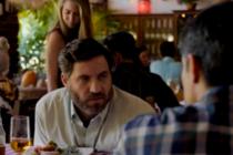 Denuncian crimen contra Hermanos al Rescate en estreno del filme «Wasp Network» (Video)