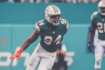 Dolphins cambiaron a Robert Quinn por una selección de draft 2020