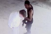 Video capta atraco con arma larga a un abogado en Miami Beach