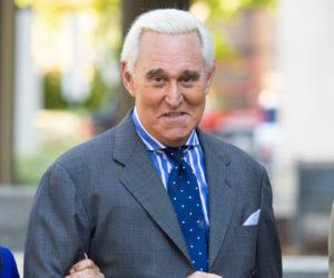 Roger Stone vuelve a la Florida luego de ser condenado por un tribunal federal