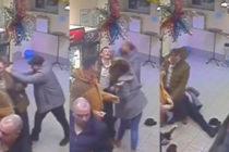 ¡No juegues con las rusas! Empleada de tienda noqueó a un cliente que estaba agrediendo a otro (Video)