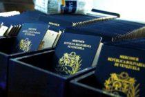 En Venezuela sacar el pasaporte volvió a ajustarse en unos $200 dólares