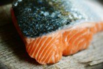 Cae precio del salmón chileno en EE UU