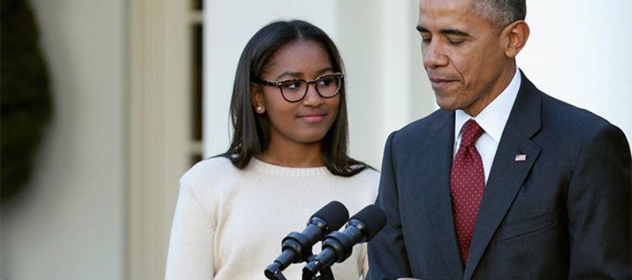 No creerás el cambio de Sasha Obama con un revelador vestido que dejó muy poco a la imaginación (Fotos)