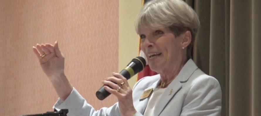 Partido Demócrata de Florida lanza línea telefónica de protección al votante