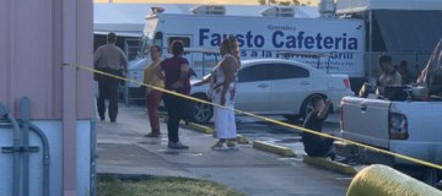 Dos trabajadores del Tropicana Flea Market fueron robados a punta de pistola
