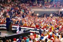 Polémica por Tuist «racistas»: Republicanos cierra filas en torno a Trump, Demócratas respaldan a «El Escuadrón»