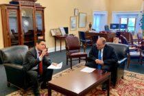 Embajador Vecchio analiza junto a representante de EEUU nuevas acciones contra el «régimen criminal de Maduro»