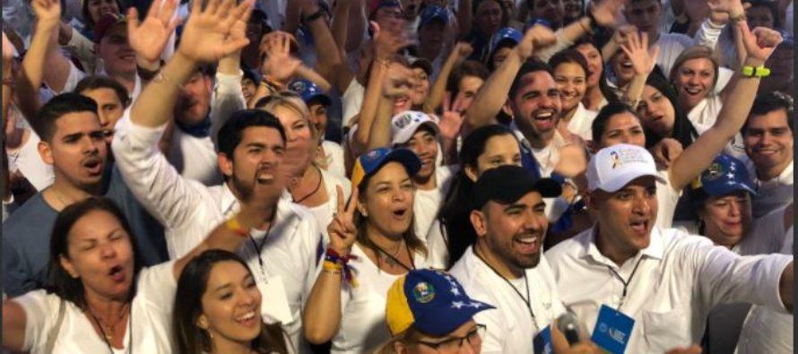 Concentración en Miami en apoyo al Concierto Venezuela Aid Live en Cúcuta